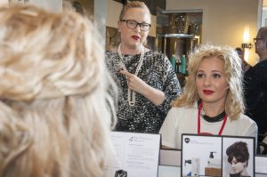 4 Tips on How to Attract Great Clients into Your Salon